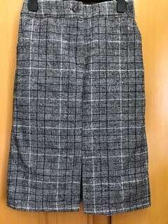 灰色格仔半身裙