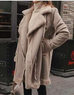 🚚 韓國帶回半價出售-帥氣長版皮革毛毛大衣