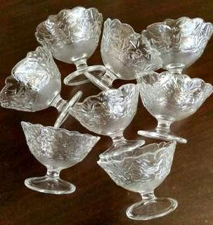 8x Footed Glass Bowl Floral Design