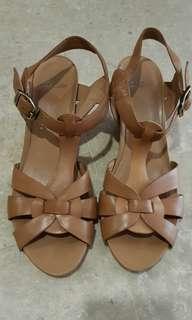 Clarks heels uk size 5.5