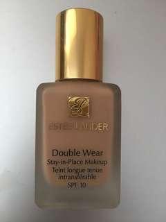Estée Lauder Double Wear Stay-in-Place Makeup Ecru
