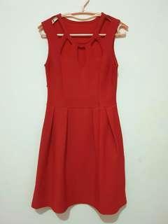 Hole Red Dress