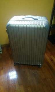 Large size expandable luggage