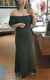 Emerald green gown for rent