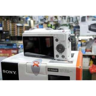 🚚 Sony A5000