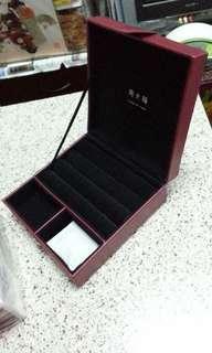 周大福手飾盒