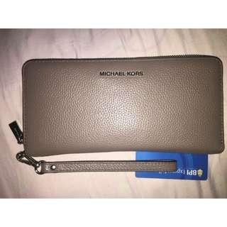 Auth Michael Kors Large Continental Clutch Wallet