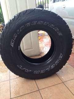 RM370 for 4 Tyres(285/75R16)