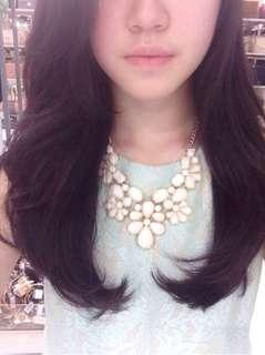 White Floral Necklace | Kalung Gold