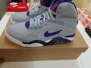 Nike new air force 180 mid us9 grey