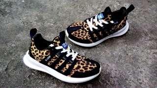 Adidas SL Loop Runner black & white Leopard