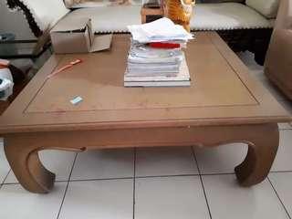 Meja pendek kayu jati