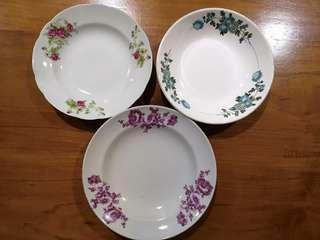 Assorted vintage deep plates