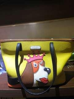 Woman bag hush puppies
