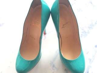 Authentic Christian Louboutin heels size 34