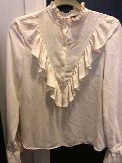Brand new never worn Zara blouse small
