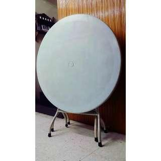 Plastic Round Table-set of 2