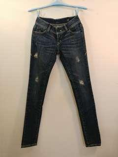 🚚 Levis levi's skinny 04585 小刷破顯瘦緊身牛仔褲