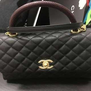0dd0c9679932ca Authentic CHANEL Coco Handle in Black Caviar and Burgundy Lizard Skin