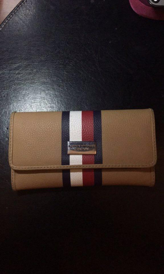 Brown Tommy Hilfiger Wallet