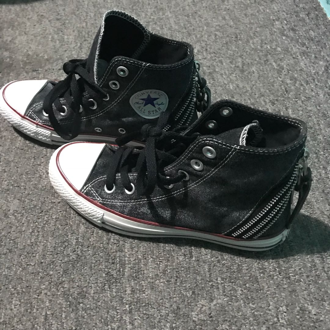 f28a68e92 Converse Shoes High-cut, Women's Fashion, Shoes, Sneakers on Carousell