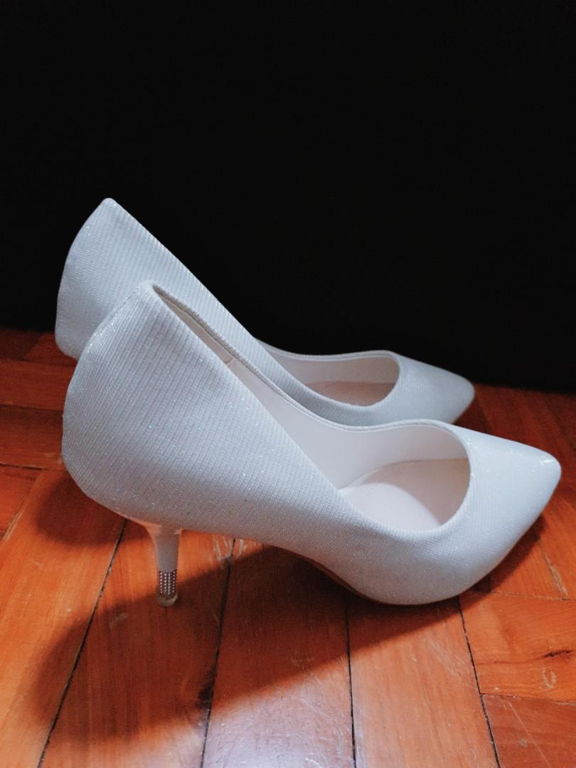 9e3a4de43f D&C size 37 silver pumps with designed heels, Women's Fashion, Shoes ...