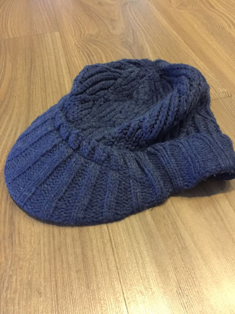 1673c31ba46 Gap winter knit visor beanie hat