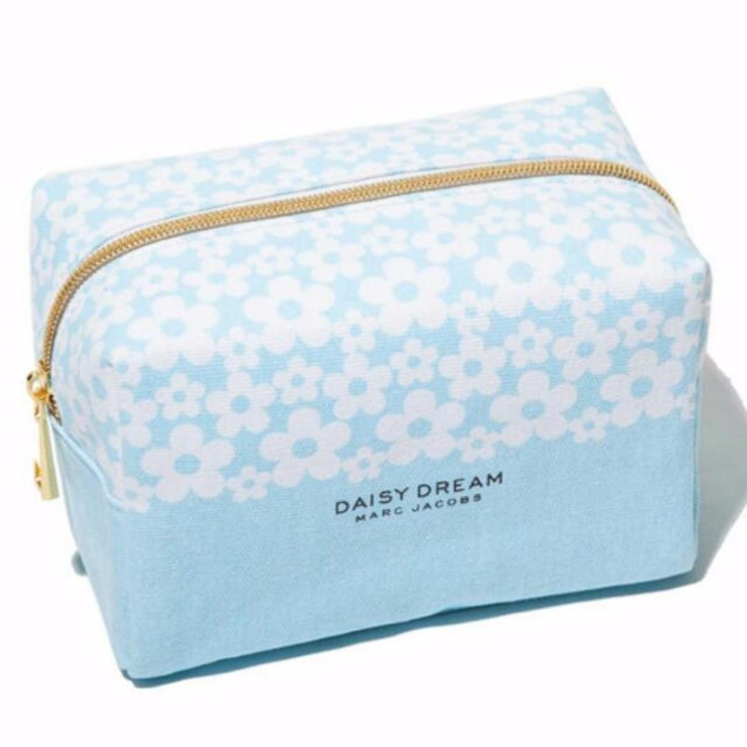 Marc Jacobs - Daisy Dream COSMETIC BAG PLUS Samples + MINI MASCARA (BRAND NEW & AUTHENTIC) Price is Firm, No Swaps