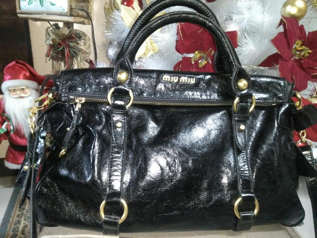 73ed664bdb5 Miu Miu Vitello Repriced!!!, Women s Fashion, Bags   Wallets on Carousell