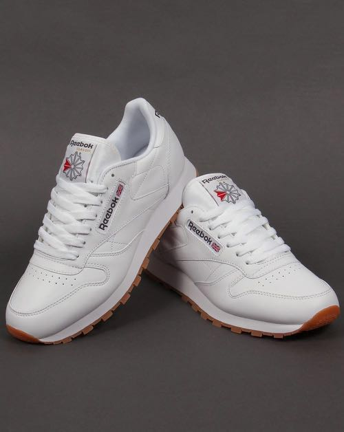 c631c907686a Pre-loved  Reebok Classic Leather Trainers with Gum Sole UK 3  EU 36 ...
