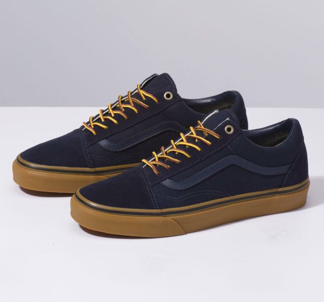 c296f29c5c Vans Old Skool Gum Dark Blue w 2 Laces