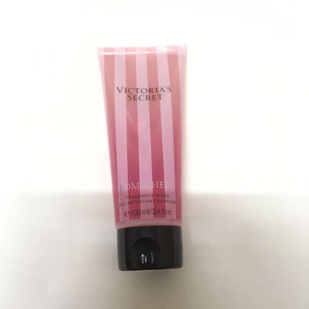 cbe3671776 PRICE REDUCE Victoria s Secret Bombshell Body Wash