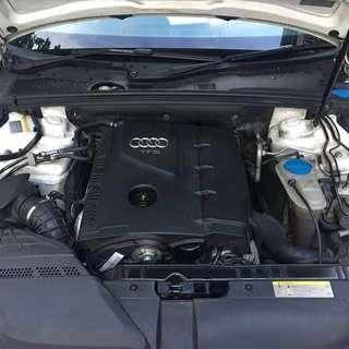 2010年Audi A4 2.0T Quattro
