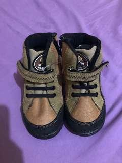 NEW! Boots Shoes Brown