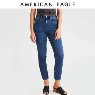 🚚 American eagle mom jeans