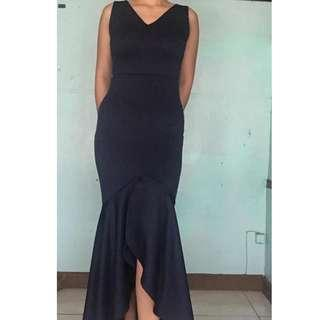 v neck dress gown mermiad tail serpentina
