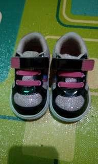 Sepatu baby girl