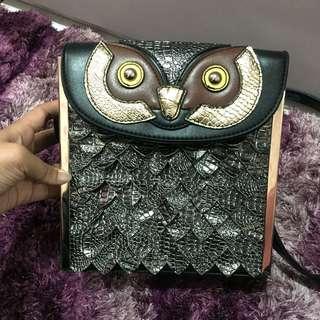 Tas selempang owl