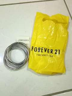 [NEW] Forever21 Silver Bangle