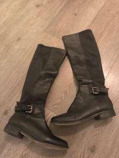 Pedder Red Winter boots