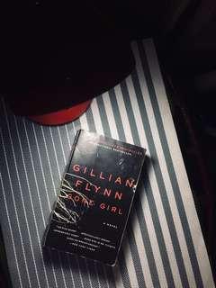 Preloved. Gone Girl by Gillian Flynn