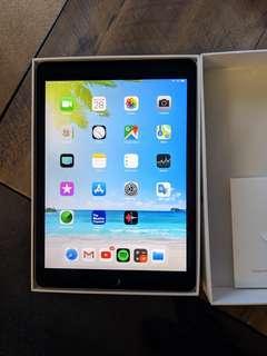 Ipad Pro 1st Gen 9.7 inch 128GB