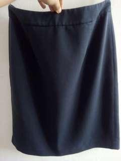 Una Office Skirt