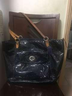 Coach 漆皮深藍色上膞可放A4手袋 coach handbag tote bag