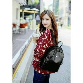 Backpack  Main Size 32*26*14cm