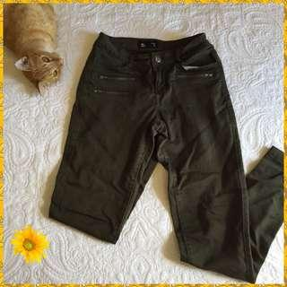 Khaki Skinny Jeans!
