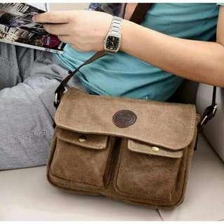 Unisex Vintage Slingbag