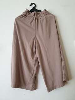 Uniqlo Brown Culottes Pants #Dec50