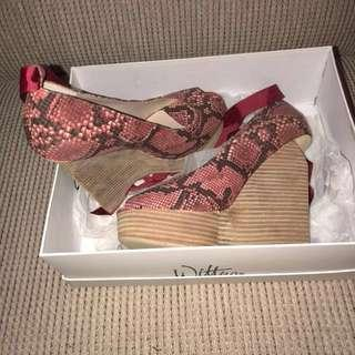 Wittner pink alligator print heels (wedges) Brand new