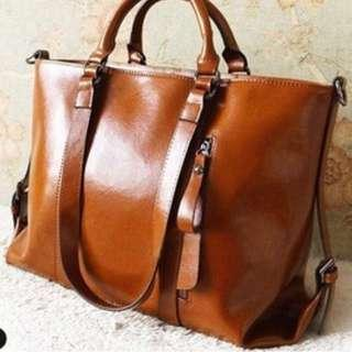 🚚 Brand New 3-Way Cowhide Leather Handbag (Cow Leather)